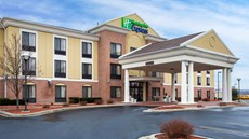Holiday Inn Express & Suites Martinsvill