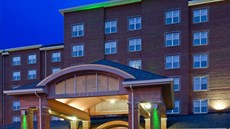 Holiday Inn Chantilly-Dulles Expo