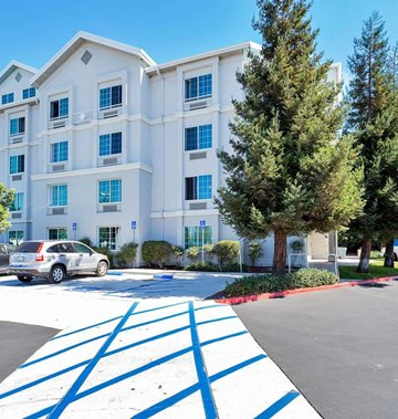Motel 6 Redwood City