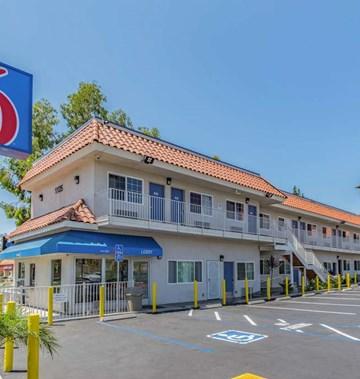Motel 6, National City