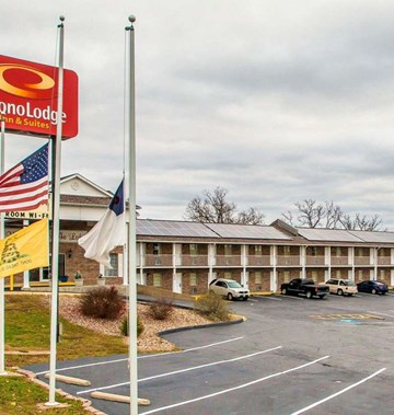 Econo Lodge Lake of the Ozarks- Tourist Class Osage Beach