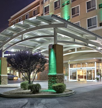 Holiday Inn Hotel & Suites North I-25