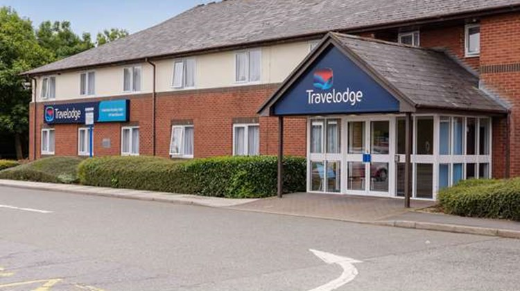 Travelodge Wakefield Woolley Edge North Exterior
