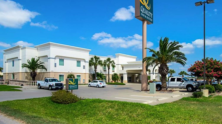 Quality Inn & Suites Robstown Exterior