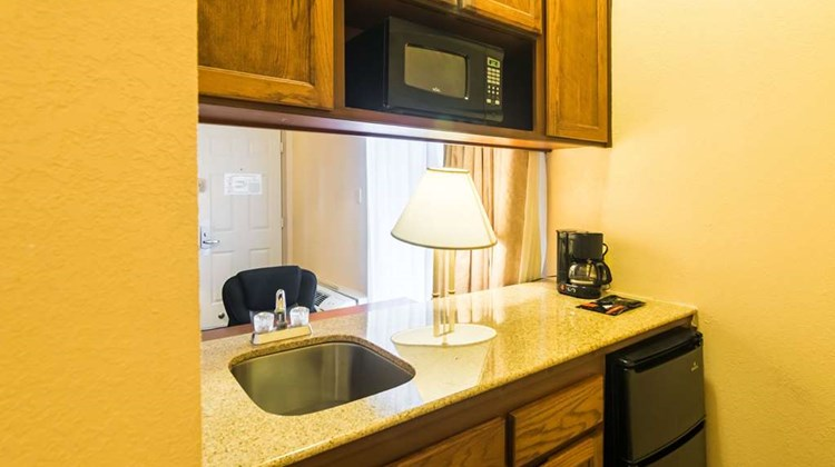 Quality Inn & Suites, Amarillo Suite