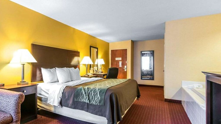 Quality Inn Dry Ridge Room