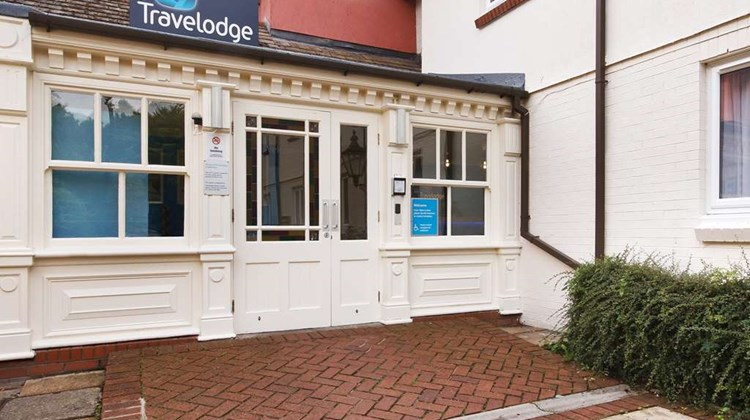 Travelodge Cardiff Whitchurch Exterior
