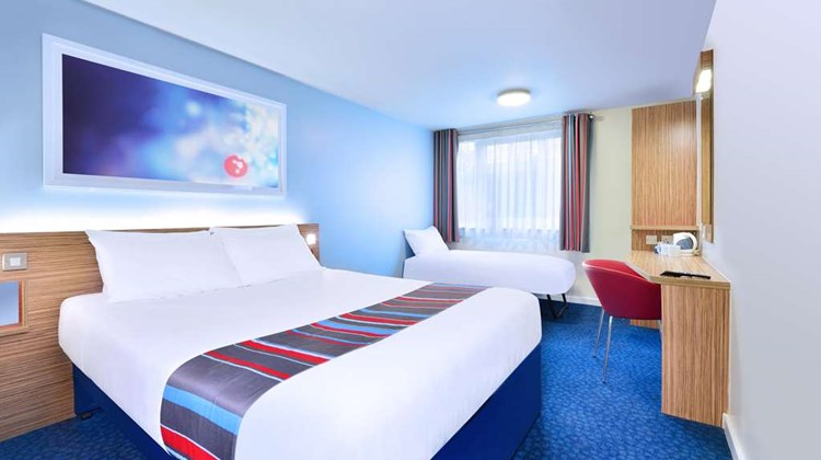Travelodge Cardiff Central Room