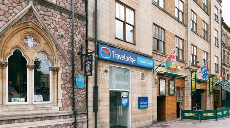Travelodge Cardiff Central Exterior