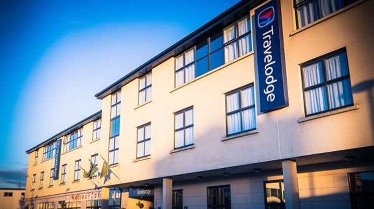 Travelodge City of Galway Exterior