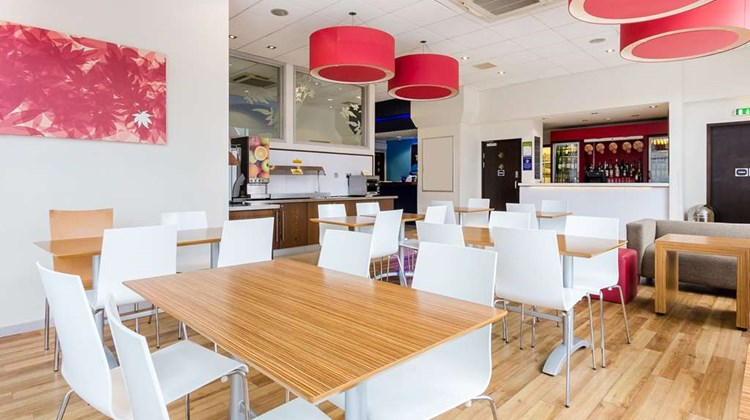Travelodge Farnborough Central Restaurant