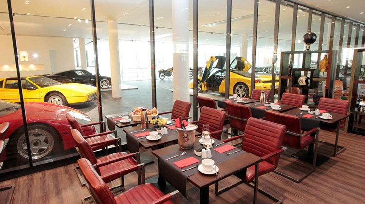 The Classic Oldtimer Hotel Restaurant