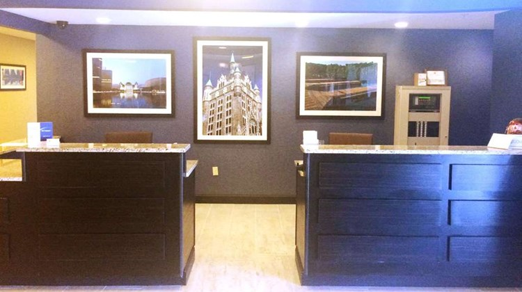 SureStay Plus Hotel by BW Albany Airport Lobby