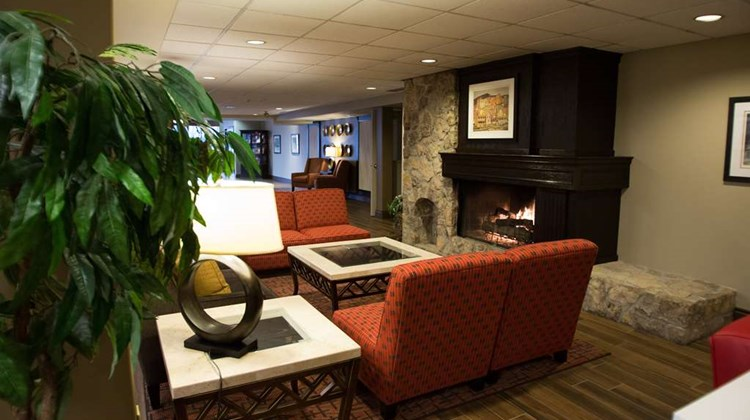 Best Western Plus Stoneridge & Conf Ctr Lobby