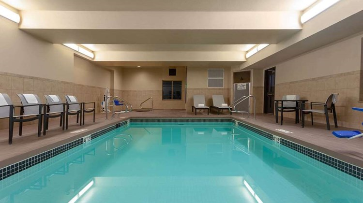 Wingate by Wyndham Moses Lake Pool