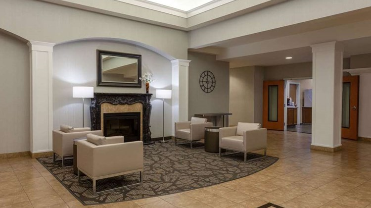 Wingate by Wyndham Moses Lake Lobby