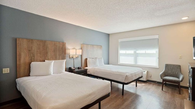 Extended Stay America Charlotte Tyvola Room