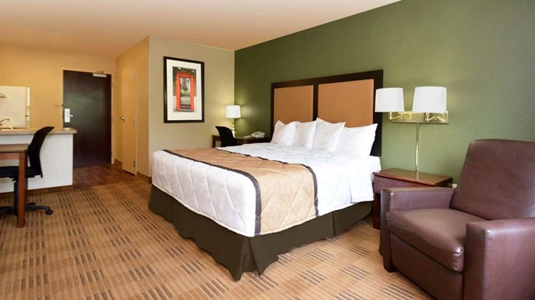 Extended Stay America Colorado Springs W Room