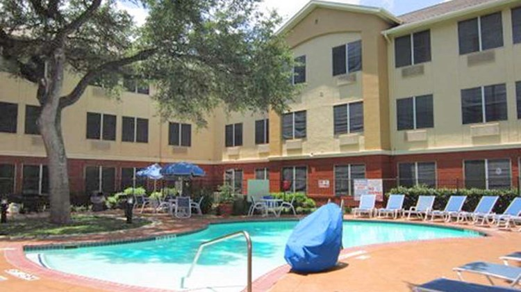 Extended Stay America Austin NW Research Pool