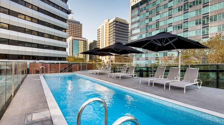 Vibe Hotel North Sydney Pool