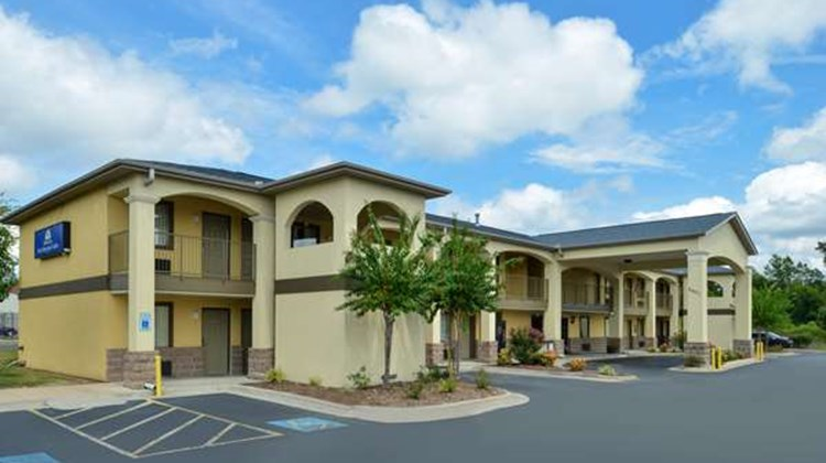 Americas Best Value Inn and Suites Exterior