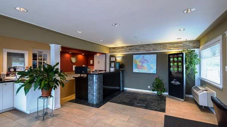 Canadas Best Value Inn Lobby
