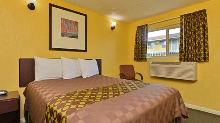 Americas Best Value Inn Sacramento South Room