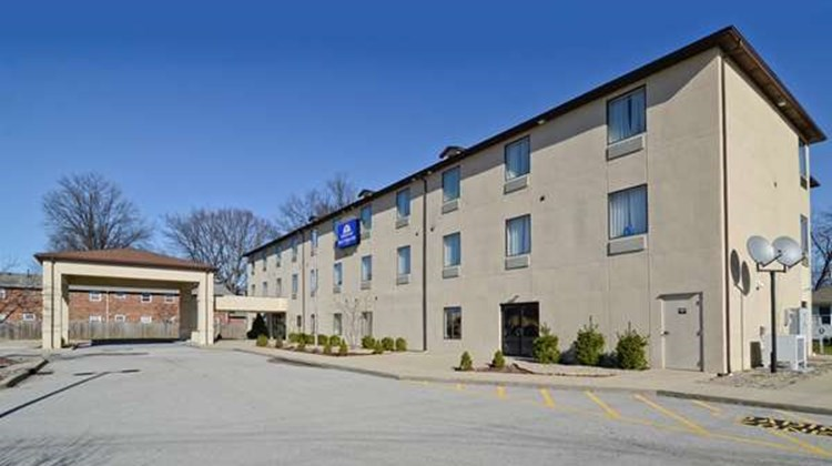 Americas Best Value Inn Louisville Exterior