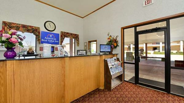 Americas Best Value Inn Brookhaven Lobby