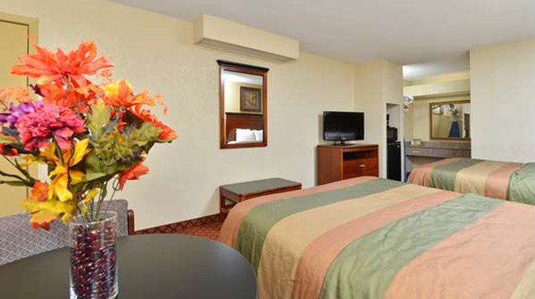 Americas Best Value Inn Brookhaven Room