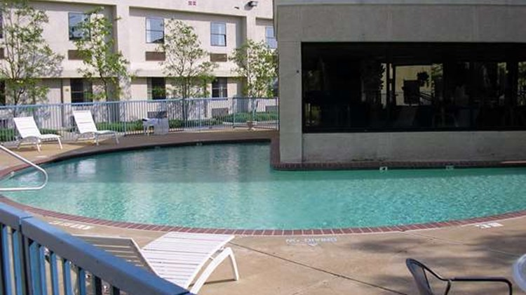 Americas Best Value Inn-Tunica Resort Pool