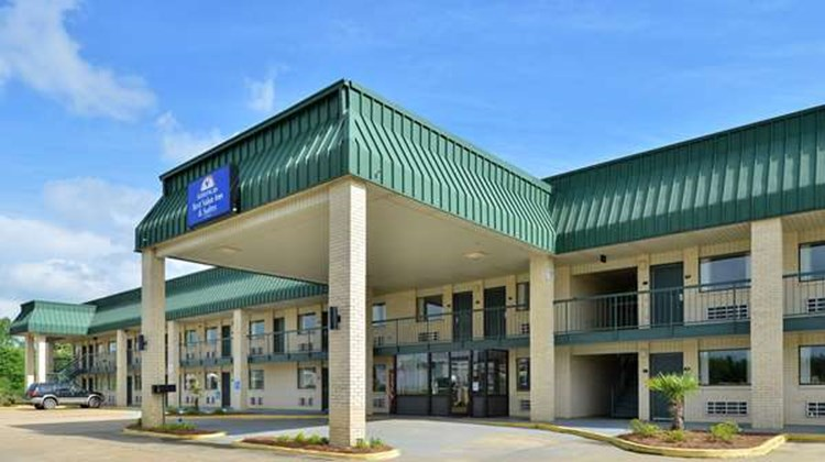 Americas Best Value Inn & Suites, Winona Exterior