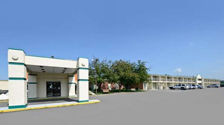 Americas Best Value Inn Phillipsburg Exterior