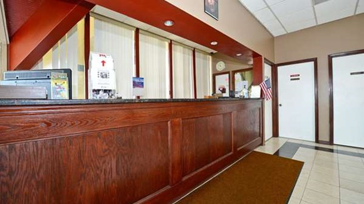 Americas Best Value Inn Phillipsburg Lobby