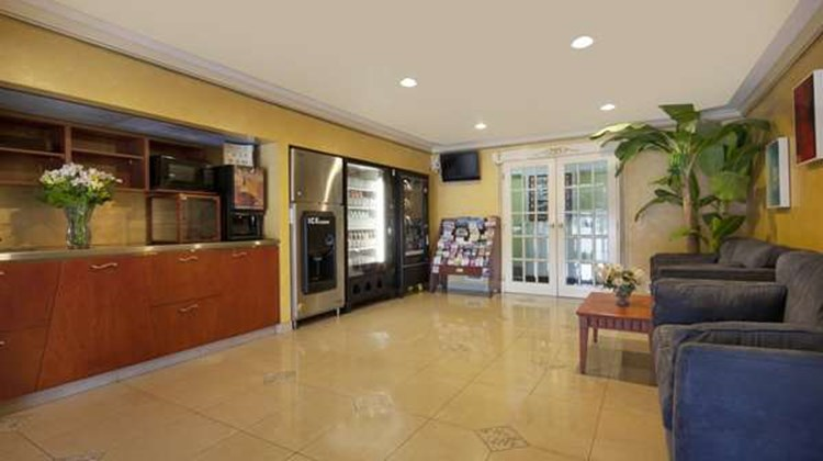 Canadas Best Value Inn-Richmond Hill Lobby