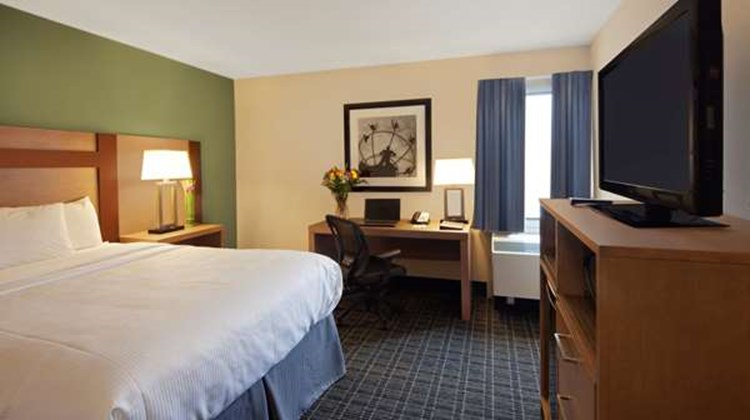 Canadas Best Value Inn Toronto Room