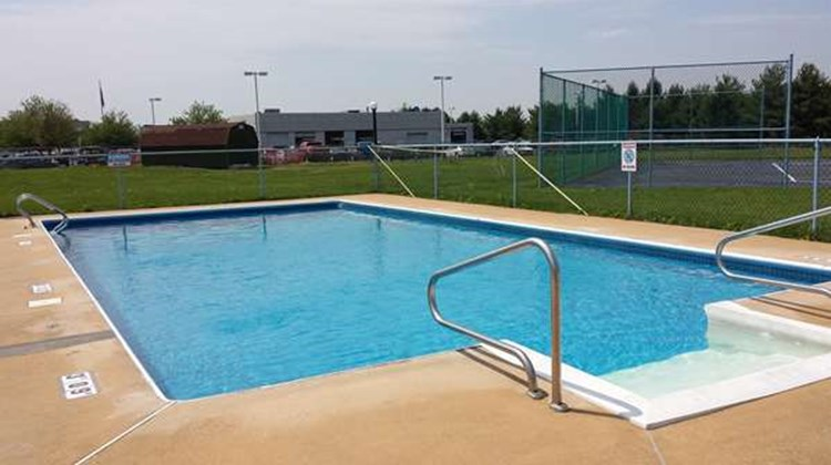 Americas Best Value Inn Palmyra/Hershey Pool