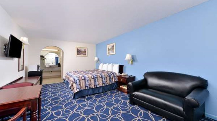 Americas Best Value Inn & Suite NW Room