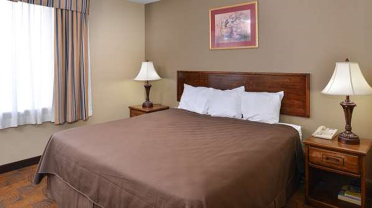 Americas Best Value Inn & Sts Memphis E Suite