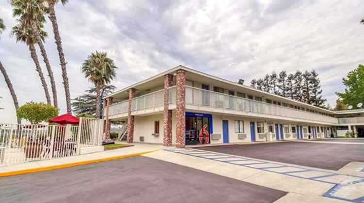 Motel 6 Los Angeles Arcadia Exterior