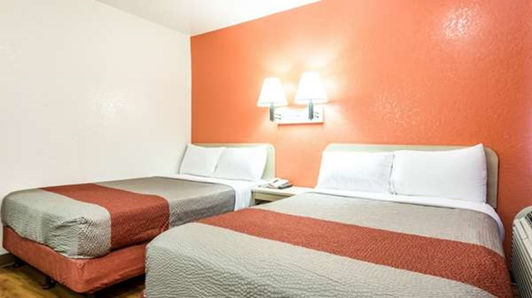 Motel 6 Longview Room