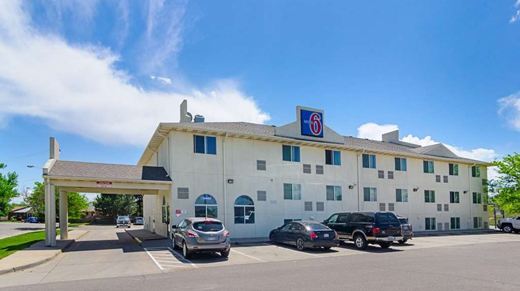 Motel 6 Fort Lupton Exterior