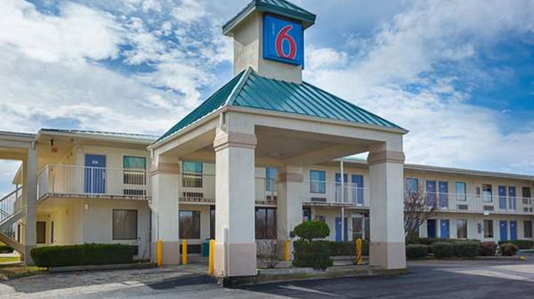 Motel 6 Brownsville - Bells Exterior