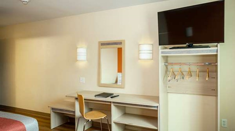 Motel 6 Anchorage - Midtown Room