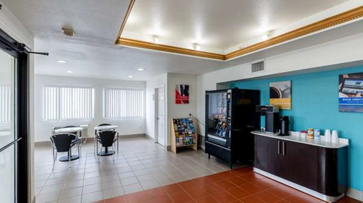 Motel 6 Port Lavaca Lobby