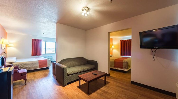 Motel 6 Junction Room