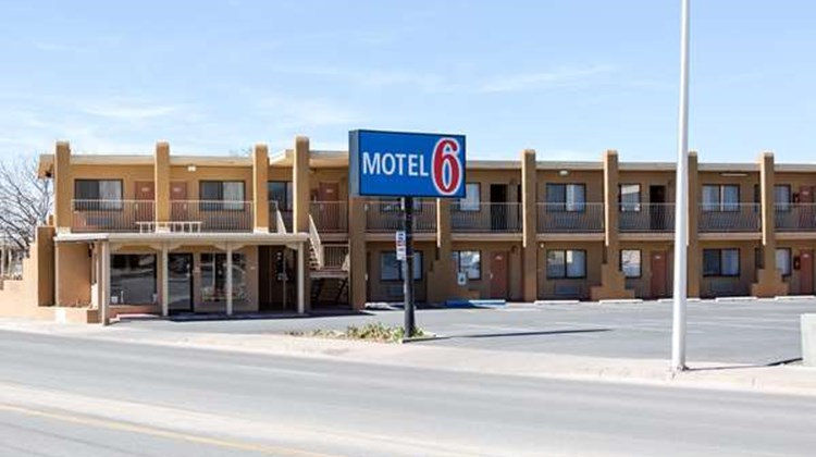 Motel 6 Santa Fe Plaza Downtown Exterior
