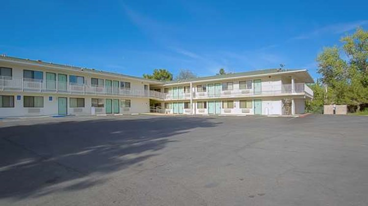 Motel 6 Red Bluff Exterior