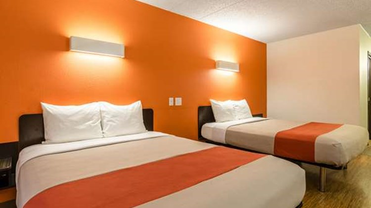 Motel 6 York Room