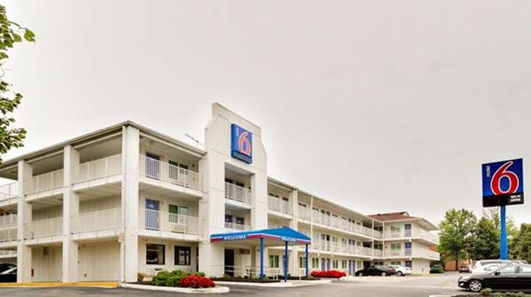 Motel 6 Baltimore - BWI Airport Exterior